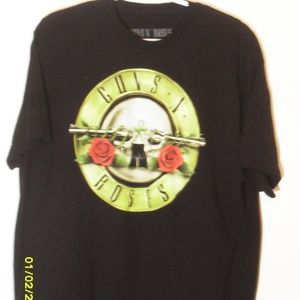 MEN'S SIZE XLARGE GUNS N ROSES T-SHIRT